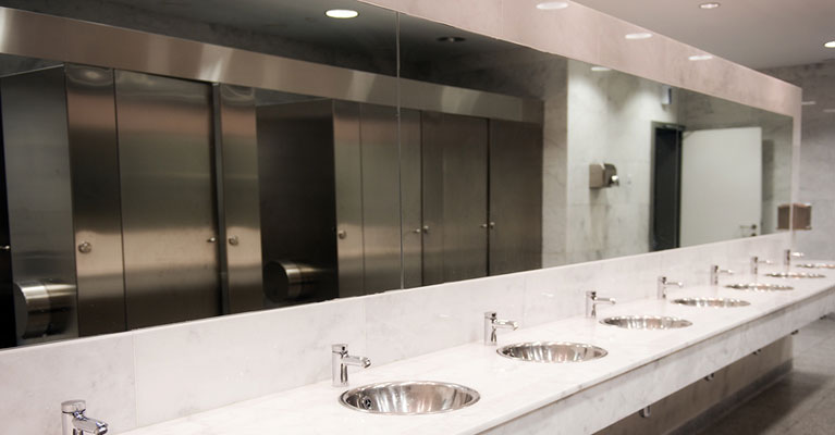 commercial cleaning office bathrooms